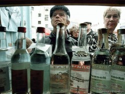 Как не сорваться в период экономических потрясений на алкоголь и наркотики?