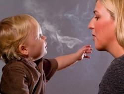 Запрет на продажу сигарет молодым женщинам, сохранит здоровье их детям