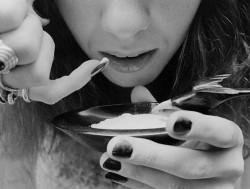 Женская наркомания и ее особенности