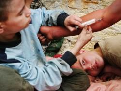 В Госдуму поступил закон о принудительном лечении несовершеннолетних наркоманов