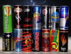 Красочная реклама энергетических напитков способствует их быстрому распространению среди подростков