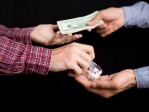 Курьер наркотиков: опасная и прибыльная работа