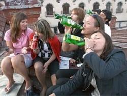 Алкоголь среди школьников теперь норма, а не аморальность