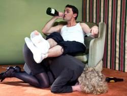Мой муж алкоголик, что делать?